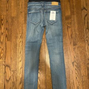 H&M Skinny Maternity Jeans Size 4 NWT
